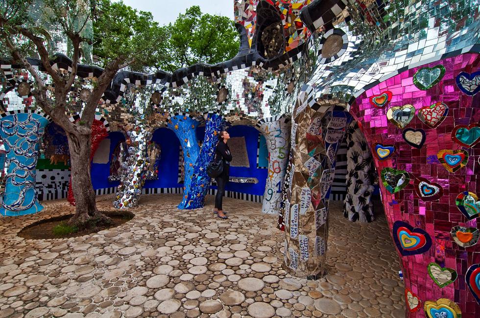 Capalbio Tarot Garten Von Niki De Saint Phalle 2015
